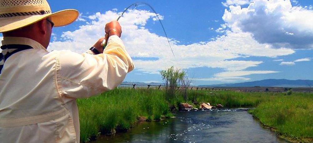 Montana fly fishing trips healing waters lodge for Fly fishing vacation montana