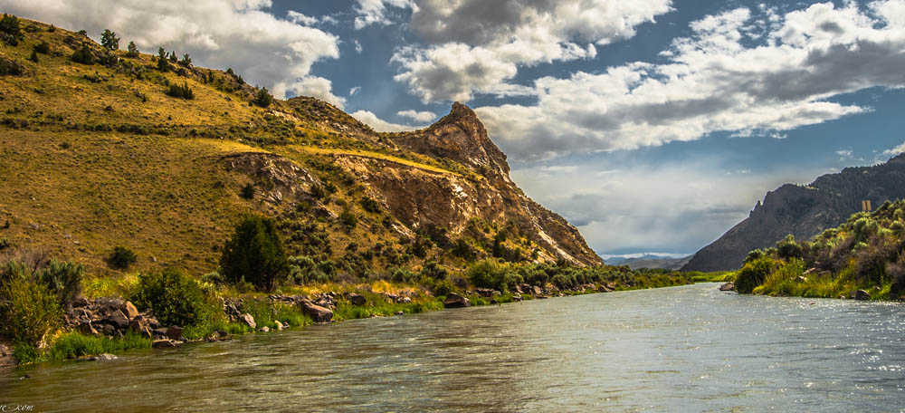 Gorgeous landscape while fly fishing with Healing Waters Lodge in Southwest Montana